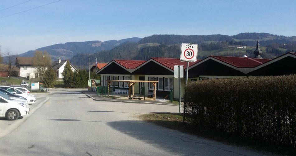 Parkirišče in vrtec v Šentjanžu pri Dravogradu
